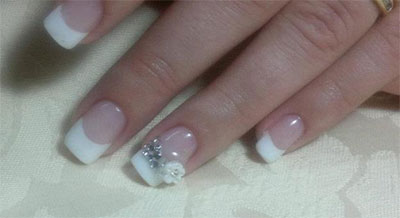 12-Simple-3D-Nail-Art-Designs-Ideas-Trends-Stickers-3d-Nails-2