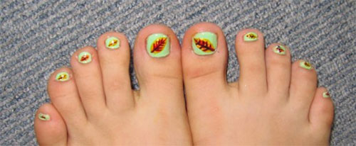 Elegant-Fall-Autumn-Toe-Nail-Art-Designs-Ideas-Trends-Stickers-2014-4