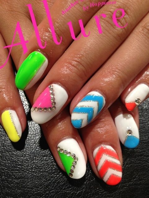 Latest-New-Nail-Art-Designs-Ideas-Trends-Stickers-2014-For-Girls-1