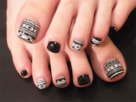 10-Unique-Halloween-Toe-Nail-Art-Designs-Ideas-Trends-Stickers-2014-1
