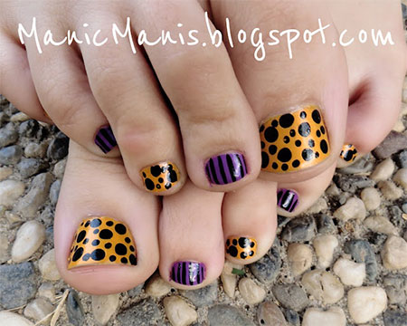 10-Unique-Halloween-Toe-Nail-Art-Designs-Ideas-Trends-Stickers-2014-2