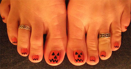 10-Unique-Halloween-Toe-Nail-Art-Designs-Ideas- - 10 Unique Halloween Toe Nail Art Designs, Ideas, Trends & Stickers
