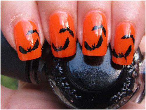 12-Halloween-Bat-Nail-Art-Designs-Ideas-Trends-Stickers-2014-5