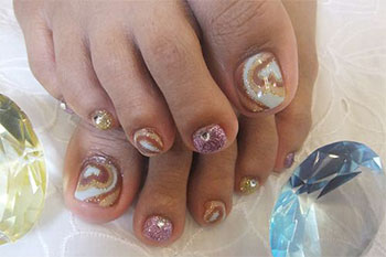 15-New-Toe-Nail-Art-Designs-Ideas-Trends-Stickers-2014-9