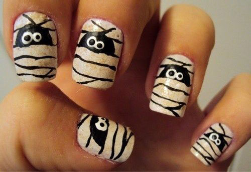15-Scary-Halloween-Mummy-Nail-Art-Designs-Ideas-Trends-Stickers-2014-11