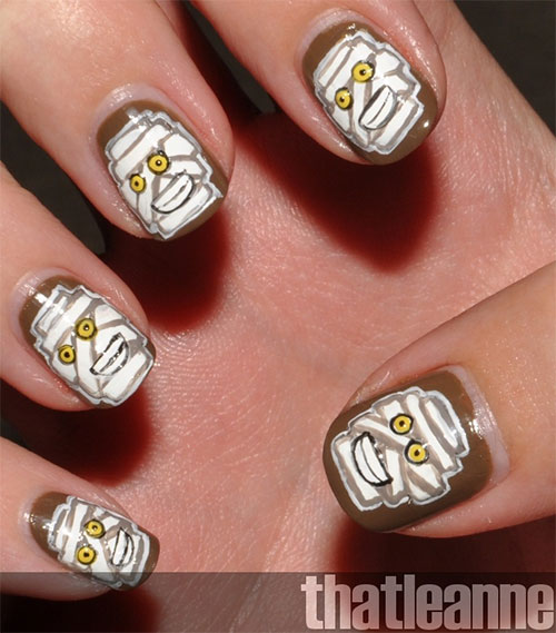 15-Scary-Halloween-Mummy-Nail-Art-Designs-Ideas-Trends-Stickers-2014-14
