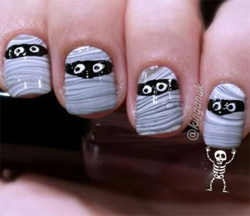 15-Scary-Halloween-Mummy-Nail-Art-Designs-Ideas-Trends-Stickers-2014-7