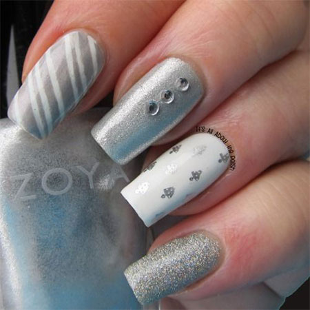 20-Easy-Simple-Christmas-Nail-Art-Designs-Ideas- - 20+ Easy & Simple Christmas Nail Art Designs, Ideas & Stickers 2014