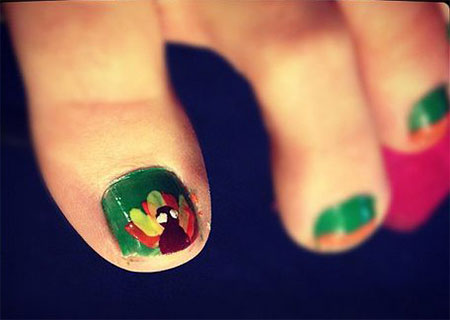 Cute-Thanksgiving-Toe-Nail-Art-Designs-Ideas-2014-3