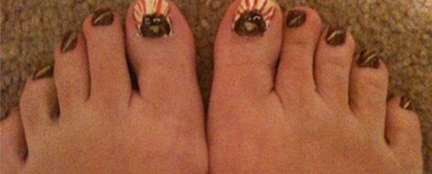 Cute-Thanksgiving-Toe-Nail-Art-Designs-Ideas-2014