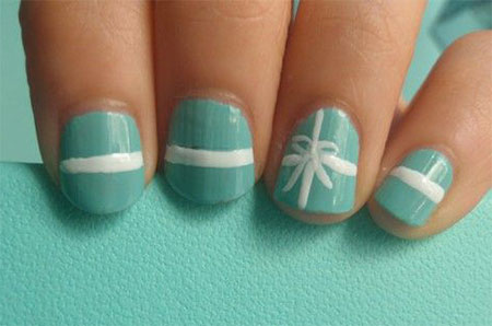 12-Easy-Christmas-Present-Nail-Art-Designs-Ideas-Trends-Stickers-2014-Xmas-Nails-6