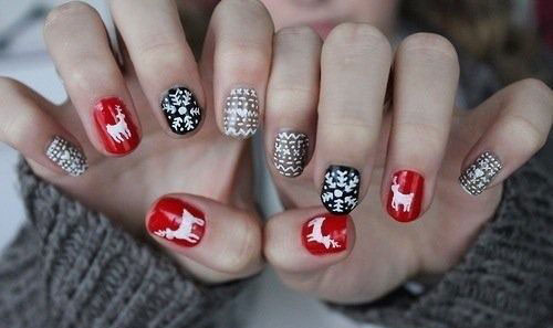 20-Cool-Reindeer-Nail-Art-Designs-Ideas-Trends-Stickers-2014-Xmas-Nails-22