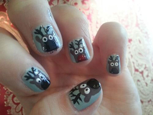 20-Cool-Reindeer-Nail-Art-Designs-Ideas-Trends-Stickers-2014-Xmas-Nails-7