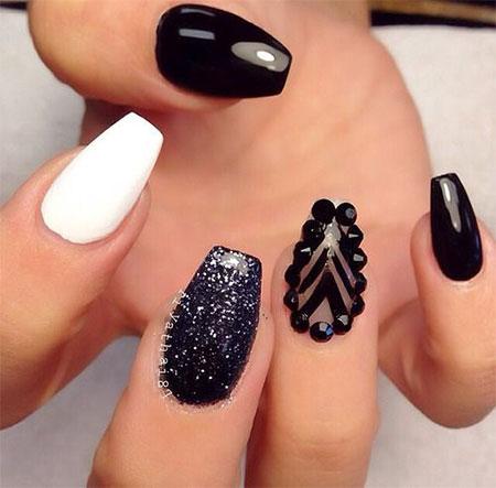 12-Winter-Black-Nail-Art-Designs-Ideas-Trends-Stickers-2015-12