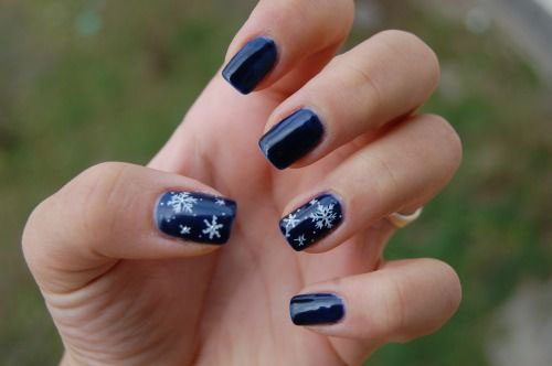 15-Easy-Winter-Nail-Art-Designs-Ideas-Trends-Stickers-2014-2015-8