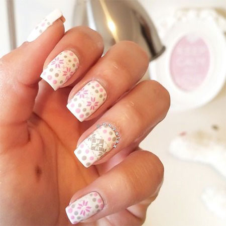 15-Pink-Red-Snowflake-Nail Art-Designs-Ideas-Trends-Stickers-2015-13