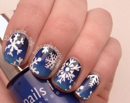 20-Best-Winter-Snowflake-Nail-Art-Designs-Ideas-Trends-Stickers-2014-10