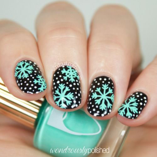20-Best-Winter-Snowflake-Nail-Art-Designs-Ideas-Trends-Stickers-2014-11