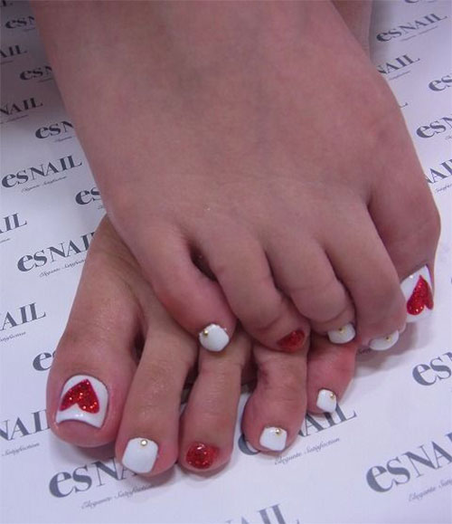 12-Valentines-Day-Toe-Nail-Art-Designs-Ideas-Trends-Stickers-2015-4