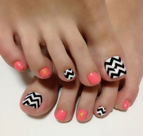 18-Summer-Toe-Nail-Art-Designs-Ideas-Trends-Stickers-2015-1