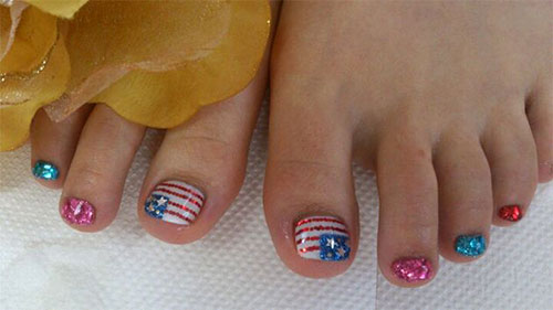 10-Cute-Fourth-Of-July-Toe-Nail-Art-Designs-Ideas-Trends-Stickers-2015-4th-Of-July-Nails-10