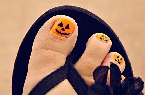 10-Halloween-Toe-Nail-Art-Designs-Ideas-Trends-Stickers-2015-10