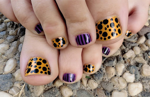10-Halloween-Toe-Nail-Art-Designs-Ideas-Trends-Stickers-2015-5