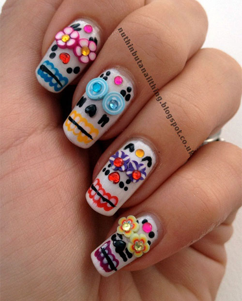 15-Amazing-3D-Halloween-Themed-Nail-Art-Designs-Ideas-Trends-2015 -3d-Nails-14