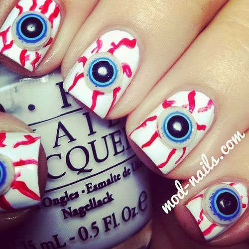 15-Amazing-3D-Halloween-Themed-Nail-Art-Designs-Ideas-Trends-2015 -3d-Nails-7