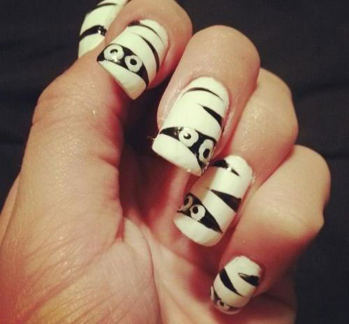 15-Halloween-Inspired-Mummy-Nail-Art-Designs-Ideas-Stickers-2015-11
