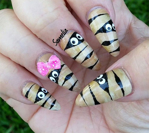 15-Halloween-Inspired-Mummy-Nail-Art-Designs-Ideas-Stickers-2015-14