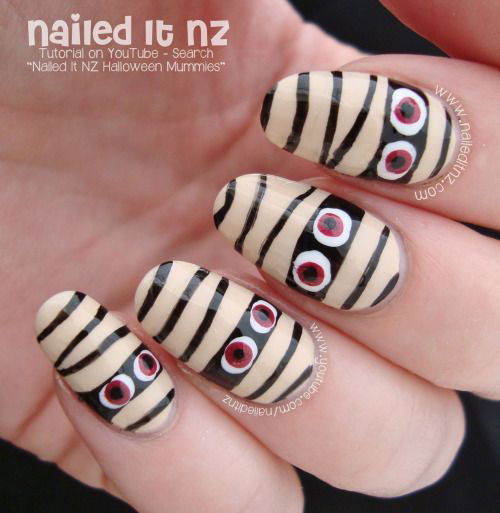 15-Halloween-Inspired-Mummy-Nail-Art-Designs-Ideas-Stickers-2015-15
