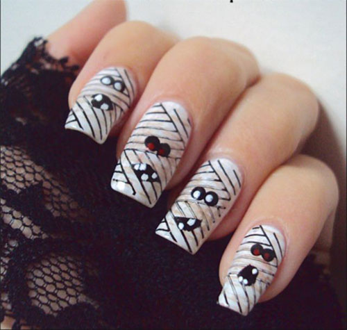 15-Halloween-Inspired-Mummy-Nail-Art-Designs-Ideas-Stickers-2015-6