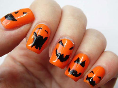 20-Halloween-Pumpkin-Nail-Art-Designs-Ideas-Trends-Stickers-2015-19