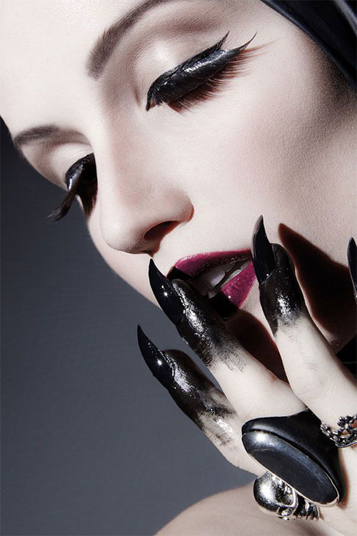 25-Scary-Halloween-Nail Art-Designs-Ideas-Trends-Stickers-2015-24