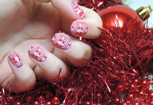 15-Ugly-Christmas-Sweater-Nail-Art-Designs-Ideas-Stickers-2015-Xmas-Nails-15