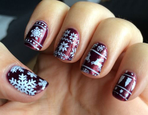 15-Ugly-Christmas-Sweater-Nail-Art-Designs-Ideas-Stickers-2015-Xmas-Nails-5