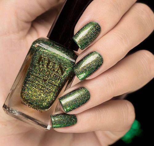 15-Red-Green-Gold-Christmas-Nail-Art-Designs-Ideas-2015-Xmas-Nails-5
