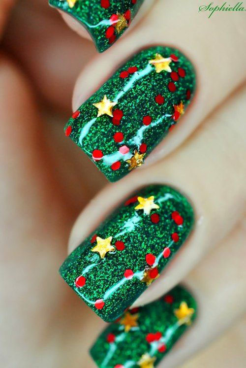 15-Red-Green-Gold-Christmas-Nail-Art-Designs-Ideas-2015-Xmas-Nails-9