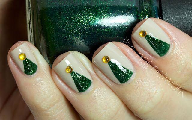 50-Easy-Christmas-Tree-Nail-Art-Designs-Ideas-Stickers-2015-Xmas-Nails-23