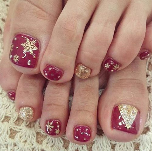 15-Christmas-Toe-Nail-Art-Designs-Ideas-Stickers-2015-Xmas-Nails-3