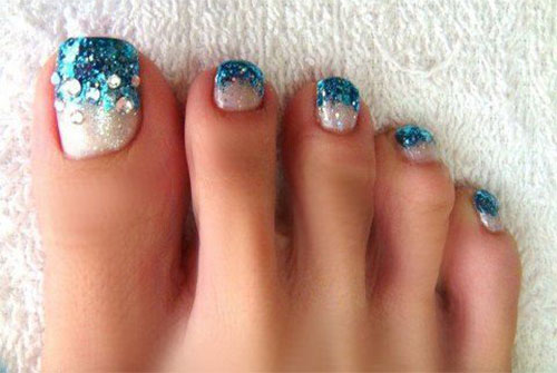 10-Winter-Toe-Nail-Art-Designs-Ideas-Trends-Stickers-2016-9