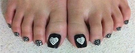 15-Valentines-Day-Toe-Nail-Art-Designs-Ideas-Stickers-2016-13