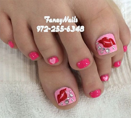 15-Valentines-Day-Toe-Nail-Art-Designs-Ideas-Stickers-2016-4