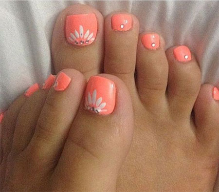 15-Spring-Toe-Nail-Art-Designs-Ideas-Stickers-2016-14
