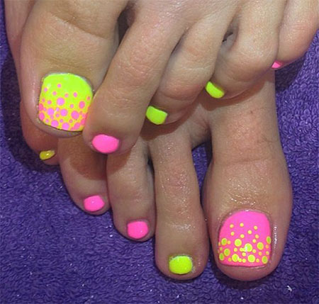 15-Spring-Toe-Nail-Art-Designs-Ideas-Stickers-2016-4
