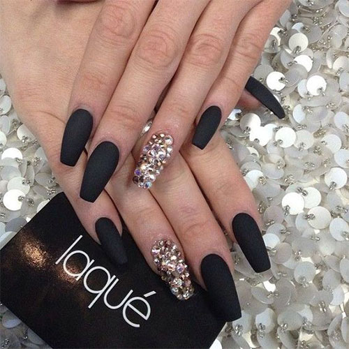 15-Matte-Black-Gel-Nail-Art-Designs-Ideas-Trends-2016-1
