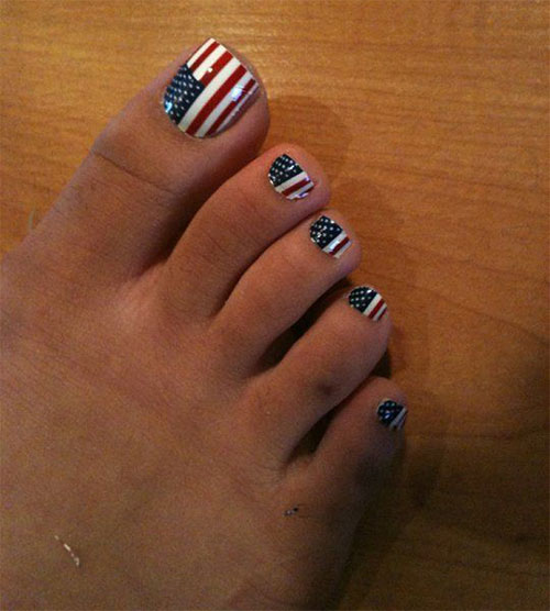 10-4th-of-July-Toe-Nail-Art-Designs-Ideas-2016-Fourth-of-July-Nails-11
