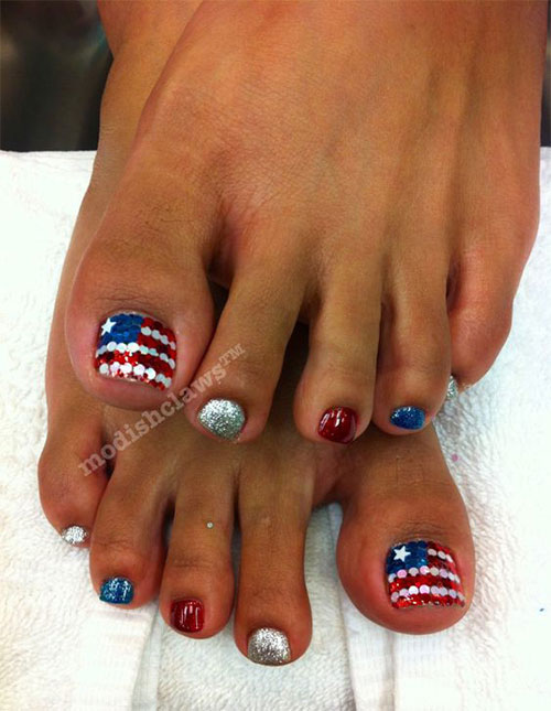 10-4th-of-July-Toe-Nail-Art-Designs-Ideas-2016-Fourth-of-July-Nails-7