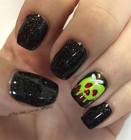 20-Simple-Easy-Halloween-Themed-Nails-Art-Designs-2016-18
